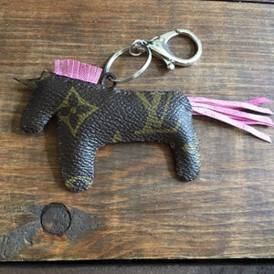 6bffb24892ecb5 GUCCICORN red unicorn bag charm keychain Gucci | Etsy
