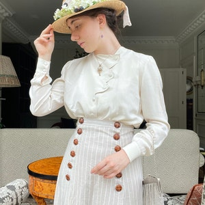 Edwardian Skirts History – 1900 – 1910s Edwardian Suffragette Linen Skirt With Button Front Opening Historical Costume $135.44 AT vintagedancer.com