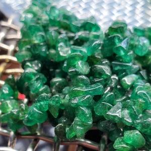 "Aventurine Nugget Chip Beads, 3-6mm Natural Green Aventurine Gemstone Drilled Chip Beads, 34"" Strand Bead Curtain, GemMartUSA, CHAV-70001 photo"