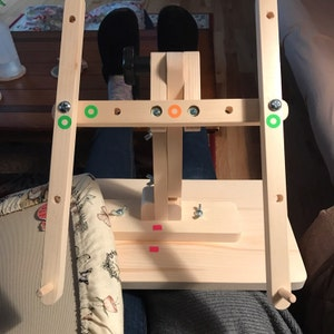 Rowland Adjustable Needlework Floor Stand Without Pattern