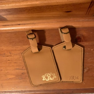 Luggage tags personalized, Leather luggage tags, luggage tag favor, luggage tags wedding, wedding favors, belt pin attachment tag photo