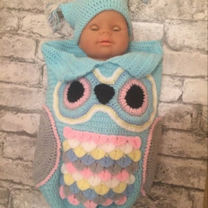 211990744396 KNITTING PATTERN For Owl Baby Cocoon Papoose   Hat in 4 Sizes