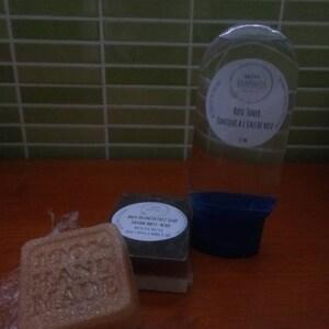 Maelenn Mnd added a photo of their purchase