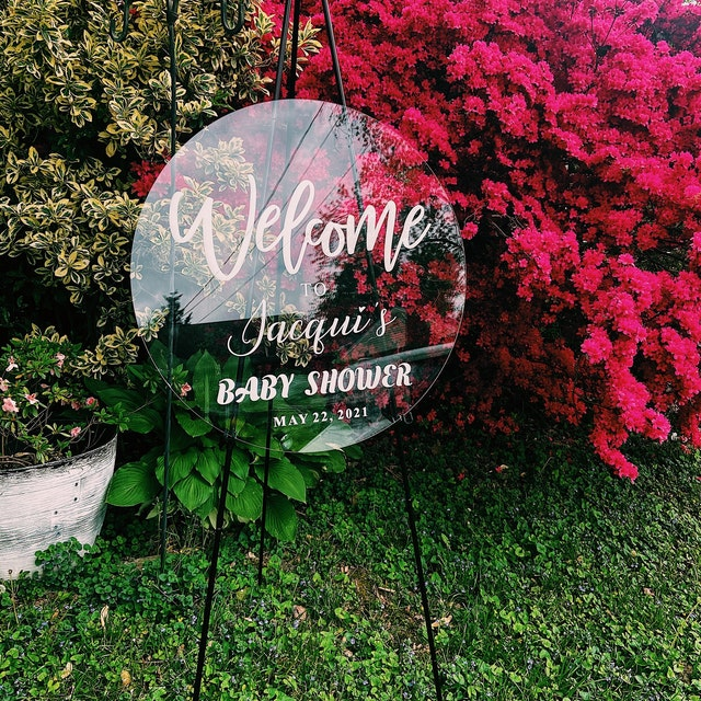 unique round shape clear acrylic wedding welcome sign