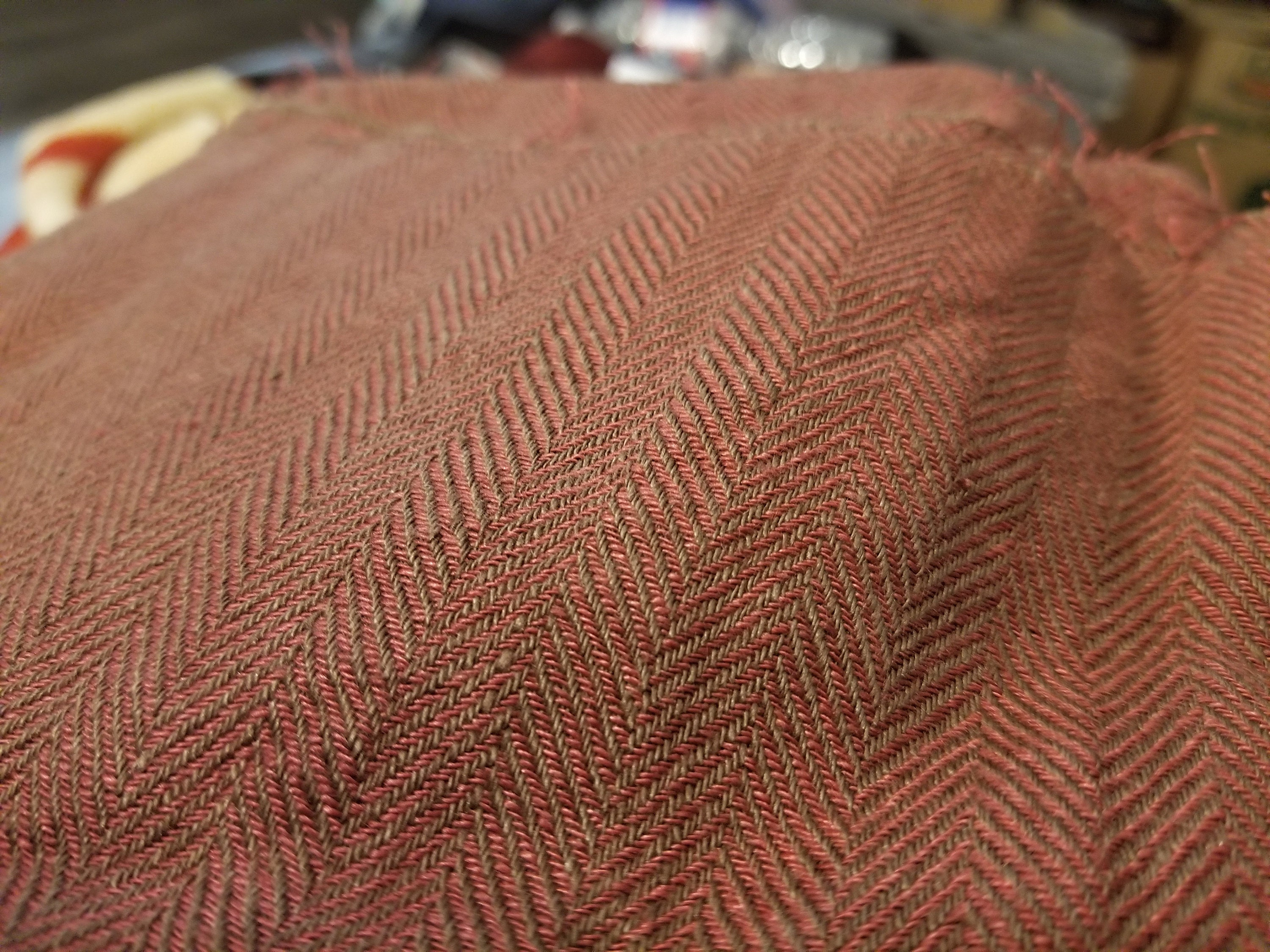 Broken twill Washed-softened. mix of muted dark brown and red Pure 100/% linen fabric Sigma Rustic Brick Herringbone 220gsm