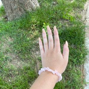 Rose Quartz Chip Stretchy String Bracelet G147 photo