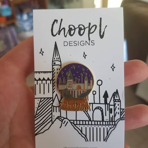 Harry Potter Hogwarts Snowglobe Snow Globe Enamel Pin Badge Wizard Magic Night