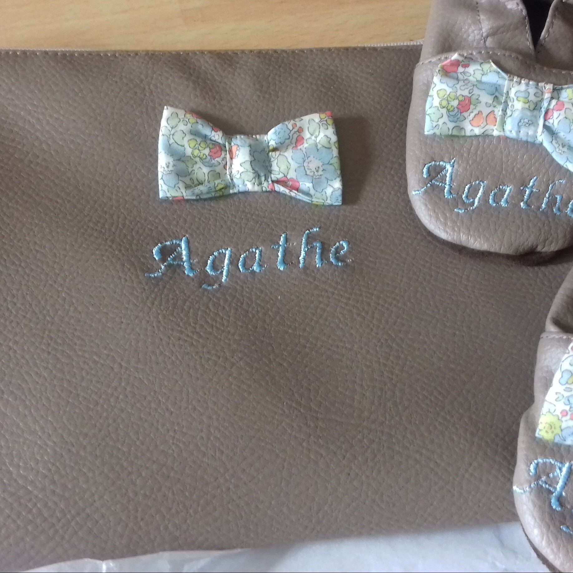 Amandine added a photo of their purchase