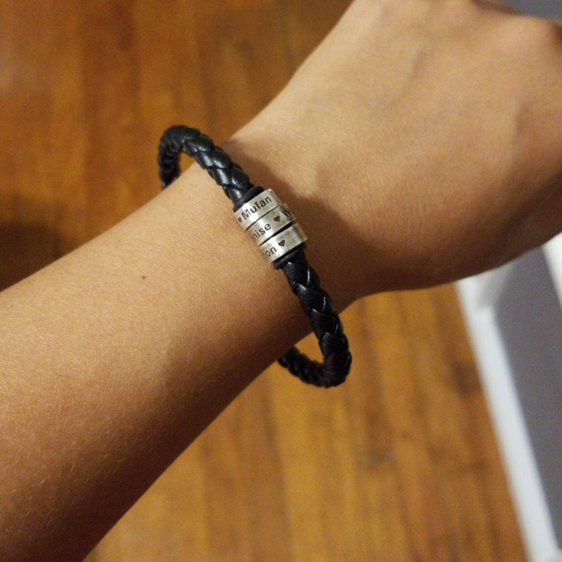 Abril Caro added a photo of their purchase