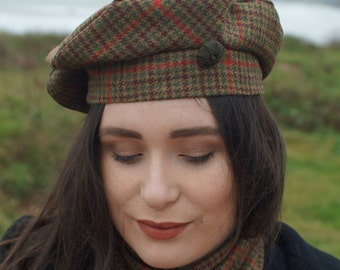 Brown and green Donegal houndstooth tweed beret