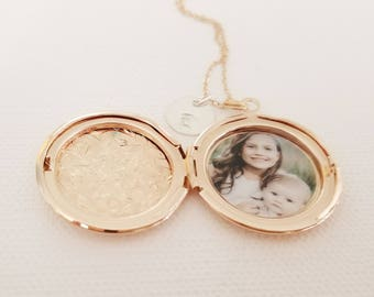 Rose Gold or Silver Locket With Photo - Rose Gold Necklace - Best Friend Gift - Rose Gold Locket - Rose Gold - Bridesmaid Locket Necklace