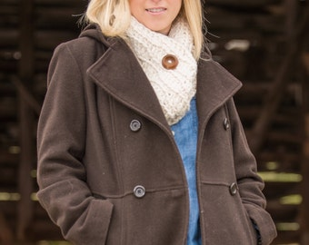 Chunky Button Cowl Scarf - Fisherman White