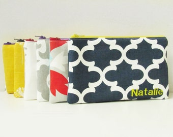 Monogrammed Makeup Bag - Set of 6 - Cosmetic Bag - Personalized Zipper Pouch - Bridesmaid Gift bags - Make up Organizer - Medium