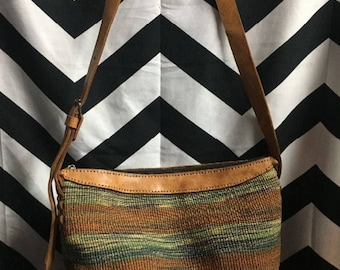 Woven Textile Purse W/ Leather Strap & 1 Zipped Opening