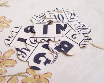 50•Vintage BINGO Flower Tags•1 Inch•Gift Tags•Shower Favor Tags•Favor Tags•Price Tags