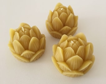 Lotus flower - 100% pure beeswax Rose Candle