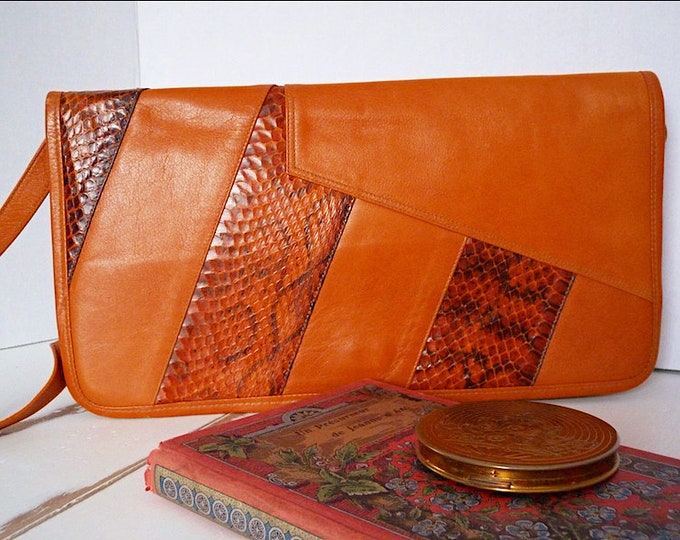 Genuine leather and snakeskin bag with adjustable and removable strap