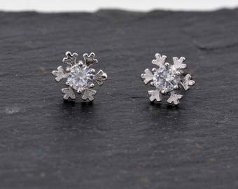 Sterling Silver Cute Little Snowflake Stud Earrings,  Fun and Quirky, Anti-Tarnish Finish, Snow Flake, Winter Theme Jewellery H22