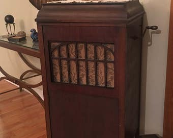 Antique Record Player, Phonograph, Jewett, Midcentury, Victrola, Farmhouse Decor, Musical Machine