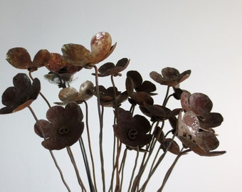 Rustic Bouquet of Rusty Metal Flowers For Your Wedding Centerpiece