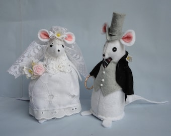 Wedding Mice Cake Topper Bride and Groom Felt Mice