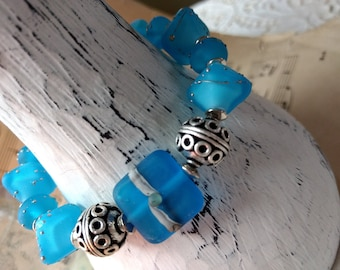 "A gorgeous ""Sea Glass"" style lampwork and silver Bracelet and Earring Set"