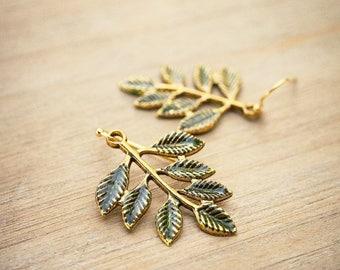 Gold Leaf Earrings, Green Leaf Earrings, Tree Branch Earrings, Fall Earrings, Rustic Wedding Jewelry, Woodland Jewelry, Boho Jewelry