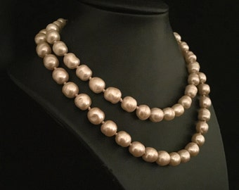 An 80's 2 Strand of Pink  Fresh Water Pearl Necklace                 VG1876