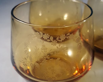 Etched Heart Small Roly Poly Glasses