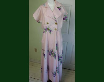 Vintage 1950's Woman's Pink Floral Lounging Robe Dress