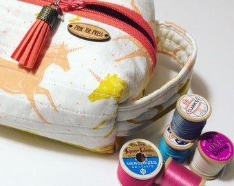 Unicorn Toiletry Bag // Pencil Case // Zippered Bag // Square Bag // Dop Kit // Gift Set