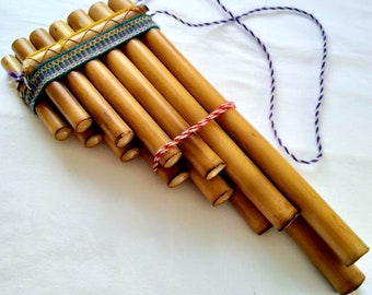 Old Peruvian Handmade Bamboo Pan Flute 13 pipes