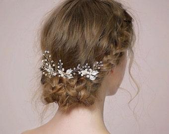 Pearl hair pins, wedding hair pins, decretive pins, pearl and silver pins, flower hair pins, flower pins, rose gold hair pin