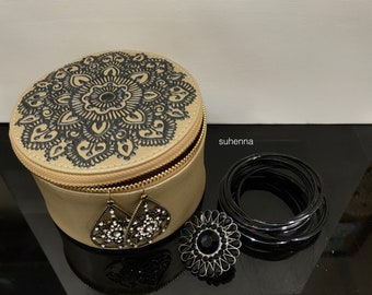 henna mandala faux leather zippered case/pouch