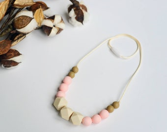 Silicone Teething Necklace // Teething Necklace // Nursing Necklace for Mom // Chewelry // Baby Shower Gift