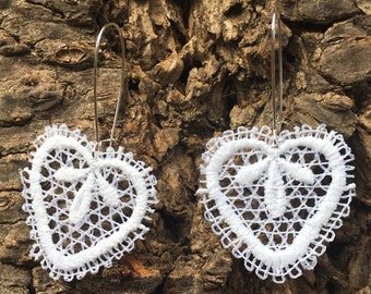 Earrings cotton lace white