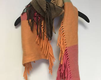Pringle multicolored woolen scarf with fringes Mint condition