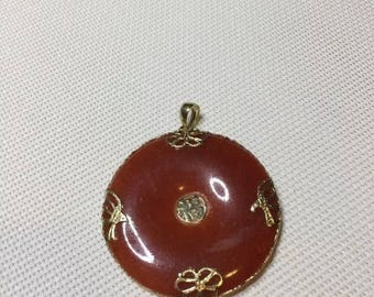 Vintage 14K Yellow Gold Brown ORANGE Jade Disc Pendant Butterflies Birds LQQK!