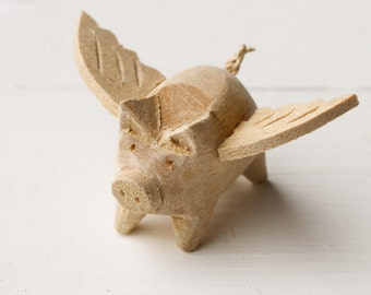 Lovely Small Wooden Angel Pig Hand-carved Handmade Ornament Colouring Wings Natural