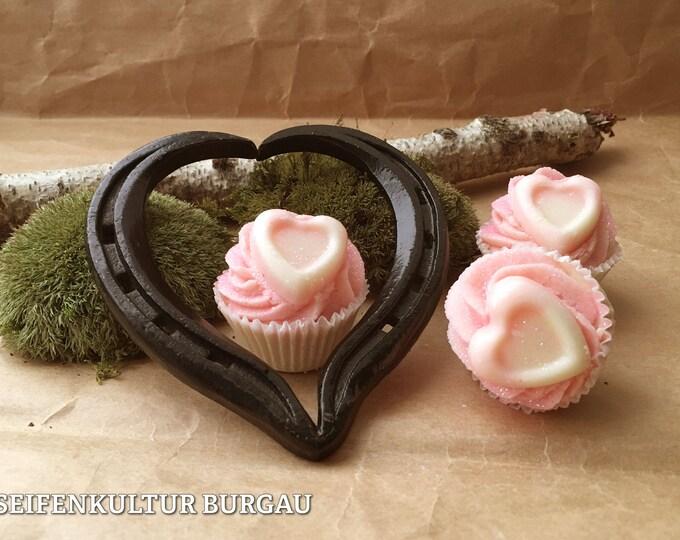 """Featured listing image: Bath butter Cupcake """"Jasmin Glitter Heart"""""""