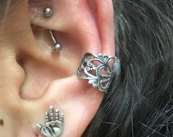 Fake Piercing, Faux Piercing, Fake Conch no Piercing, Sterling Silver Ear Cuff, Fake Piercings, Lace Ear Cuff, Conch Cuff, ear wrap - EC8064