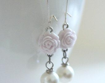 Lilac Gray Earrings, Purple Earrings, Bridesmaid Jewelry, Lilac Wedding, Spring Earrings, Flower Jewelry, Girlfriend Gift, New Mom Gift