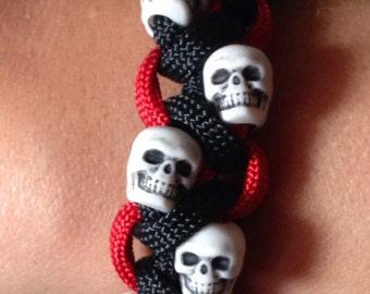 Skull Bracelet  Paracord Bracelet  Skull Paracord Bracelet  Paracord  Skulls  Under 10  Gothic bracelet  Gothic Jewelry  Custom Colors