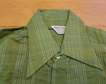 NOS / 1960s Shirt / S / Plaid / New Old Stock / Deadstock / 60s Shirt / 1960s Mens Fashion / 60s Mens Fashion / Plaid Shirt / Sanforized