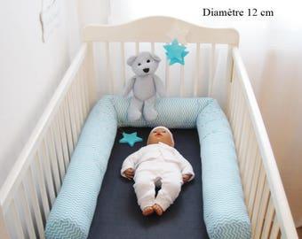 Diameter 12 cm flange around bed, crib reducer