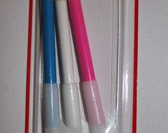 fabric 3 pencils chalk markers Distrifil sewing accessories