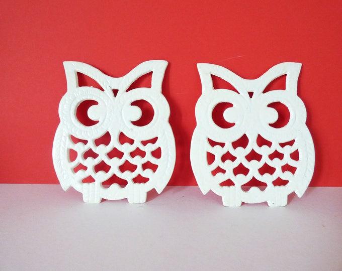 Owl Trivets x 2 Vintage owltastic