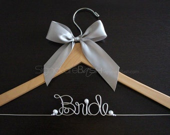 Custom Hangers With Pearls / Bridal Hangers / Wedding Hangers / Custom Bridal Hangers / Personalized Wedding Hangers