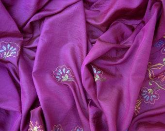Sari Silksari Vintagesari Magenta Flowers Reycling India