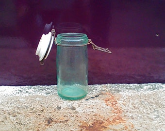 The ideal glass canning jar